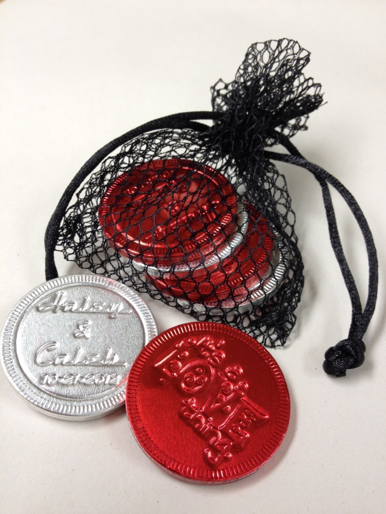 Fishnet pouch with chocolate coins